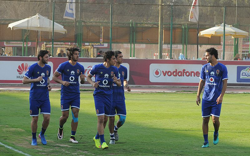 لاعبي الأهلي المصري في التدريبات