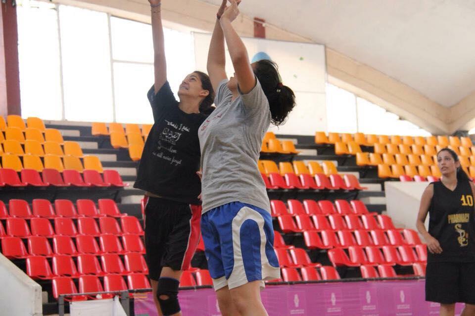 "Photo of ""العنيدة عز"": أتمنى أن ألمع في فضاء كرة السلة"