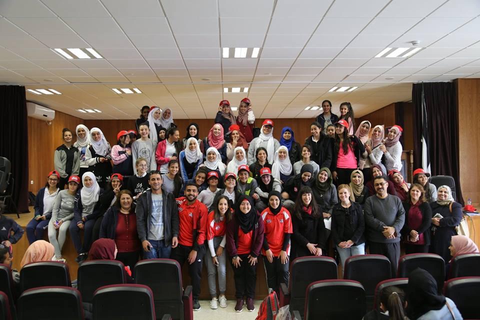 Photo of مؤسسة فلسطين من أجل الحياة تنظم حدثا رياضيا لـ 100  فتاة فى  رام الله
