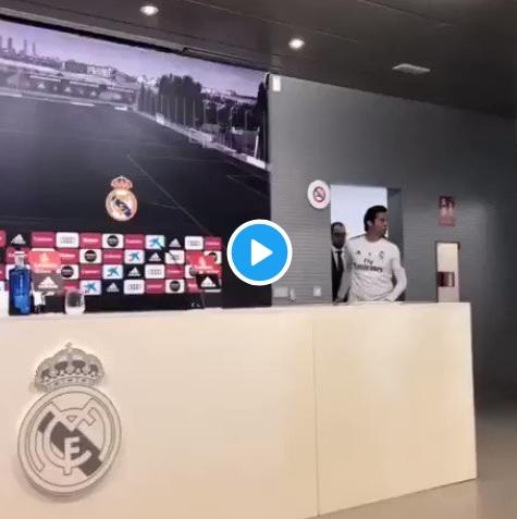 Photo of فيديو:ماذا قال سولارى بعد ان تأخر عن المؤتمر الصحفى ساعة وثلث؟