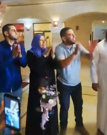 Photo of فيديو استقبال عائلة لاعب بلاطة حمادة الحويطي
